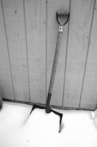 shovel-snow-winter-826634-l